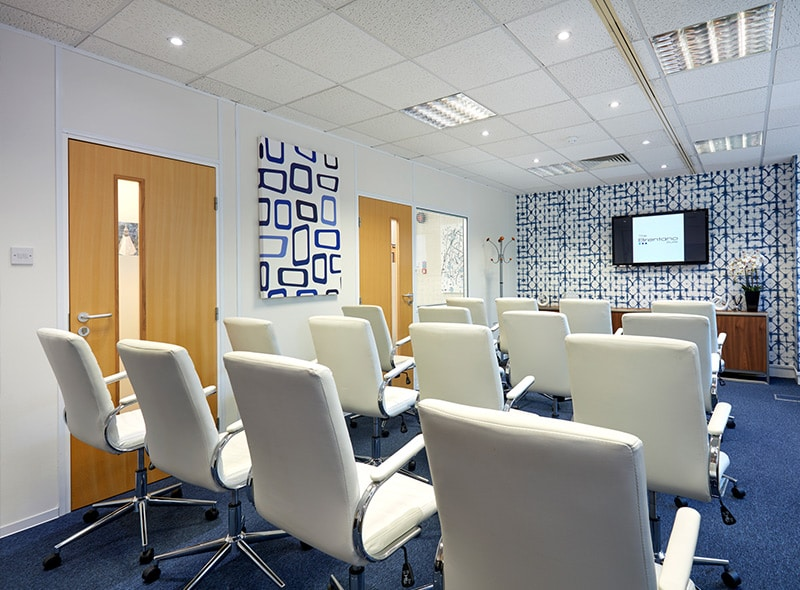 finchley-meeting-room